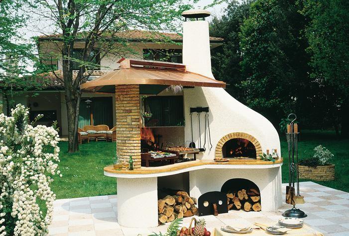 Кухня на улице на даче фото